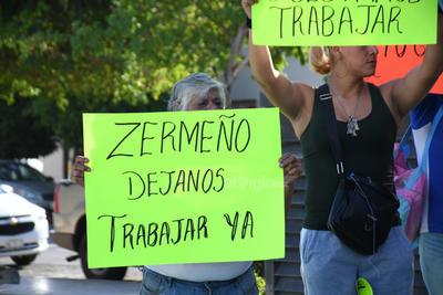 Solicitan que les permitan reanudar actividades en Torreón.