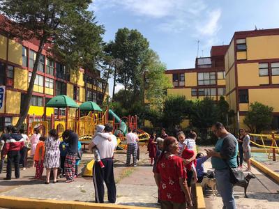 Según el Servicio Sismológico Nacional (SSN), el epicentro fue a 12 kilómetros al sureste de Crucecita, Oaxaca.