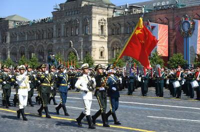Se sumaron unidades de varias exrepúblicas soviéticas.