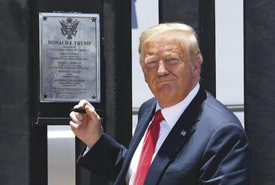 Muchos solicitantes de asilo están ahora varados en la zona fronteriza de México, sin ninguna pista sobre cuándo podrán presentarse ante un juez de inmigración en EUA, pero Trump aseguró que si siguieran entrando al país, habría una catástrofe de coronavirus en la frontera sur.