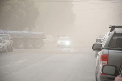 Varias colonias de Torreón fueron azotadas por la nube de polvo.