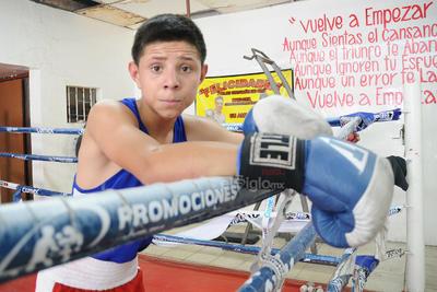 Su última pelea fue el 13 de abril de 2019 cuando derrotó a Rodrigo González en la cartelera que estelarizó el campeón mundial Jaime Munguía.