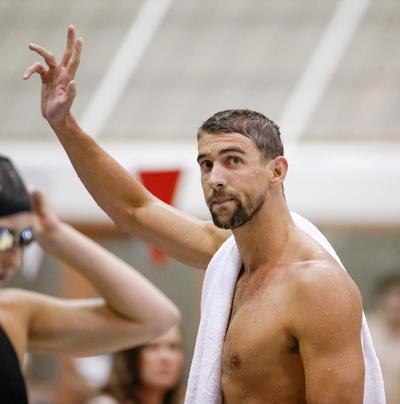 Fue en la cuna de los Olímpicos, Atenas, cuando empezaría a hacer historia al ganar su primera medalla de oro, culminando el certamen con seis preseas áureas y dos bronces.