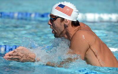 Sus brazos lo llevaron hasta Londres 2012, donde se convertiría en leyenda con cuatro oros, dos platas, sumando 22 medallas olímpicas, superando a Larissa Latynina con 18.