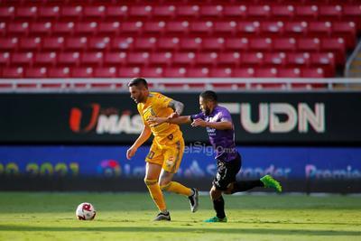 Mazatlán reapareció en el 40 con una combinación entre Cándido Ramírez, Miguel Sansores y Luis Mendoza, quien finalizó con un disparo que Guzmán mandó a tiro de esquina.