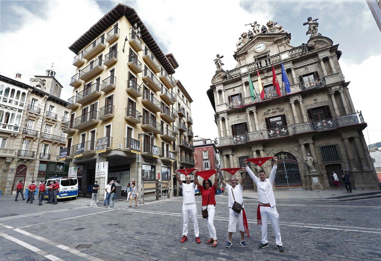 Pamplona, con pocas celebraciones ante suspensión de los Sanfermines