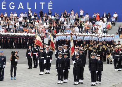Francia replanteó su fiesta nacional.