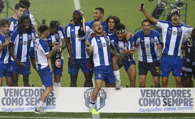 FC Porto obtiene el título de liga tras vencer al Sporting