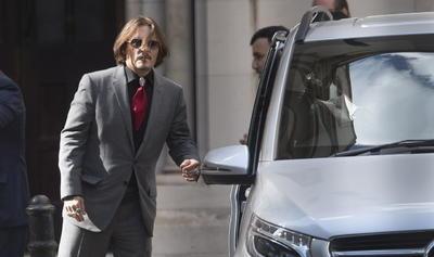 Corte  en EUA examina la demanda de difamación de Johnny Depp