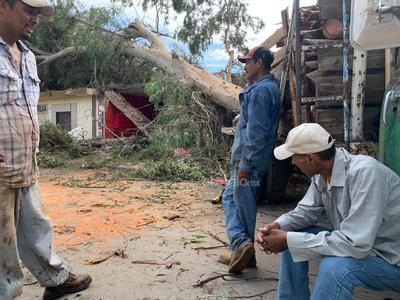 Como parte de la estrategia estatal de ayuda, se despliegan dos caravanas de la Secretaría de Salud para brindar ayuda a la población.