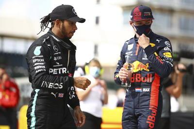 Lewis Hamilton gana por séptima vez en Silverstone