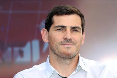 Iker Casillas se despide del futbol profesional