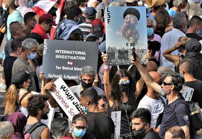 La detonación del pasado martes ha encendido de nuevo la indignación de la población libanesa, que en octubre pasado salió a las calles para protestar contra la clase dirigente del país.