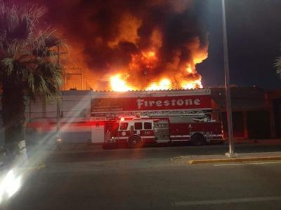 Incendio en parque industrial de Gómez Palacio