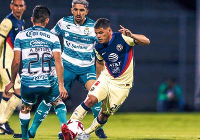 Y es que el equipo de Guillermo Almada, volvió a tener desatenciones que le costaron goles y el partido, tal como sucedió en la pretemporada ante Rayados, cuando recibieron tres goles en un cuarto de hora.