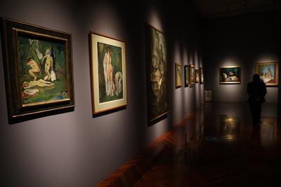 De la pintura al aire libre al paisaje urbano es el segundo módulo y reúne paisajes urbanos y suburbanos. Hay ejemplos de obras de Maurice Utrillo y Suzanne Valadon, así como del mexicano Alfredo Ramos Martínez, fundador de la Escuela de Pintura al Aire Libre de Santa Anita en 1913.