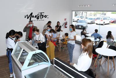 Inauguración de Maestro Heladero