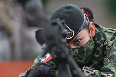 Así se vivió el desfile militar por el 210 aniversario de la Independencia de México