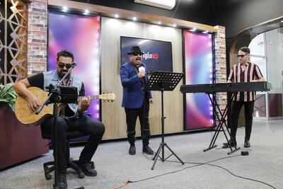 Artistas laguneros realizan homenaje al 'Príncipe de la Canción'