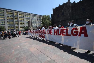 2 de octubre no se olvida; realizan mitín en Plaza de las Tres Culturas de Tlatelolco