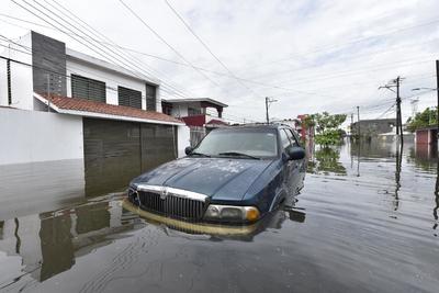 'Gamma' comienza a dejar estragos en el Sureste de México