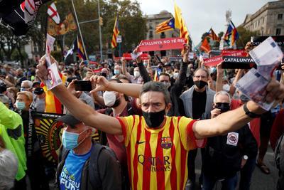 Reclamaron por la visita del rey de España.