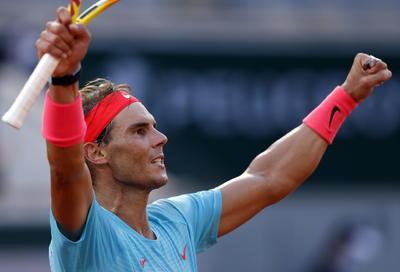 Y esta vez, además de acercarse a la hazaña de conquistar un 13er título de Roland Garros, Nadal tendrá la oportunidad de empatar al récord de Roger Federer con 20 títulos de Grand Slam en la rama varonil.