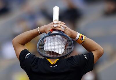 El domingo, el español, segundo de la siembra, se medirá a Novak Djokovic, el número uno, o a Stefanos Tsitsipas, el quinto, que en la segunda semifinal se disputan el boleto para encarar a Nadal. La final de mujeres se jugará el sábado, y tiene como protagonistas a la polaca Iga Swiatek, de 19 años, y a la estadounidense Sofia Kenin, de 21.