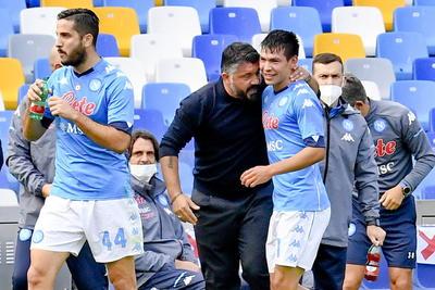 Hirving Lozano firma doblete en goleada del Napoli al Atlanta
