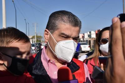 Miguel Riquelme acude a votar.