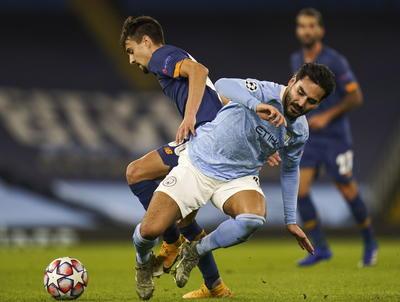 Porto y el 'Tecatito' Corona caen ante el Manchester City en Champions