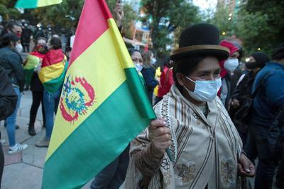 Espera Bolivia cómputo final para confirmar regreso del MAS al poder