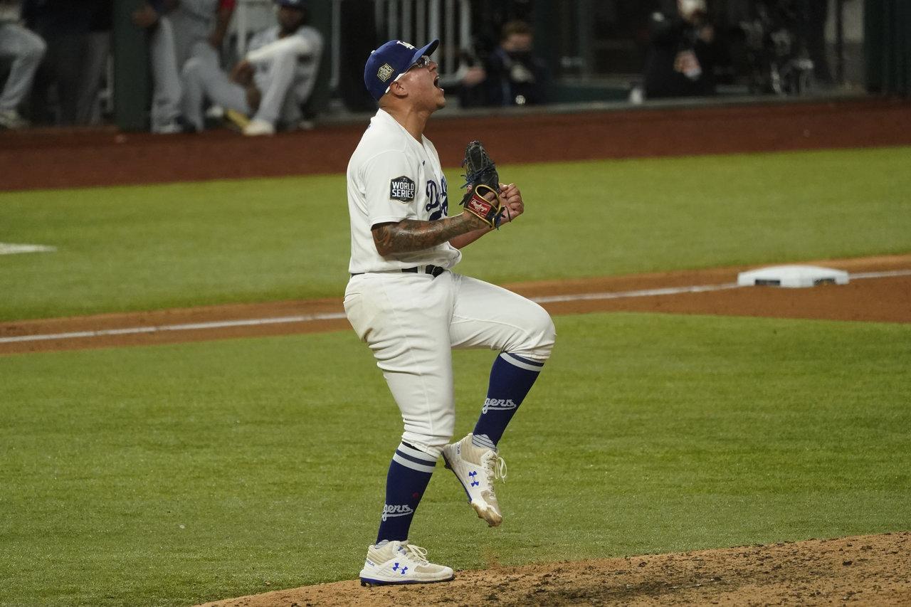 Dos mexicanos le dan la Serie Mundial a los Dodgers