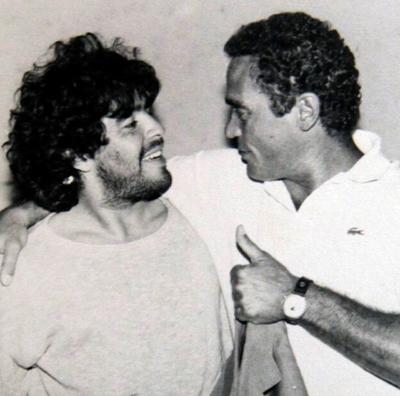 En 1984 fue transferido al Napoli, un club del sur italiano que jamás había ganado nada importante. Liderado por Maradona fue campeón de Italia en 1987 y 1990 y de la Copa de la UEFA en 1989, entre otros logros.