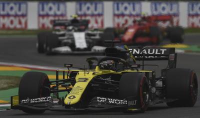 Se impone Hamilton en Gran Premio de Emilia Romaña; 'Checo' Pérez finaliza en sexto