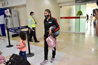 Yulihan 'Cobrita' Luna regresa a La Laguna con el titulo Gallo del CMB