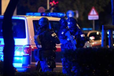 Confirma Policía 'varios muertos' tras atentados en Viena