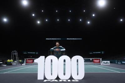 El mallorquín se convierte así en el cuarto tenista que alcanza el millar de victorias, una clasificación liderada por el estadounidense Jimmy Connors con 1,274 triunfos, seguido del suizo Roger Federer, con 1,242, y del checo Ivan Lendl, con 1,068.