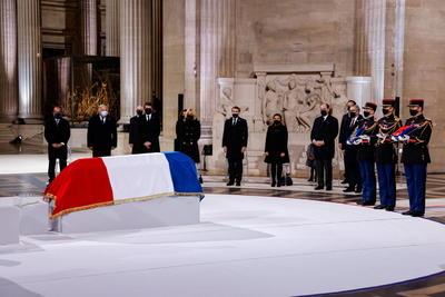 Rinden homenaje en París a soldados de la Primera Guerra Mundial