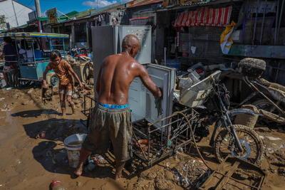 Paso de Tifón 'Vamco' en Filipinas deja al menos 39 muertos