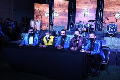 """""""La Rancho Grande comenzó de la inquietud de jóvenes de la zona rural de Lerdo. La idea inicial era crear un estilo dentro del género y con el tiempo se fueron agregando músicos de Torreón, la zona rural de Gómez Palacio y recientemente del área de Tlahualilo"""", relató Héctor"""