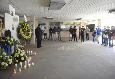 López Franco fue director de la FCPyS en dos periodos que fueron 2003 a 2006 y 2006 a 2009 además de ser presidente de la Academia de Directores de esta máxima casa de estudios en Torreón y desde 2009 hasta su muerte, fue Profesor de Tiempo Completo (PTC).