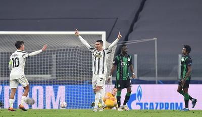 De hecho, el Juventus no tardó en echar de menos la presencia de los veteranos Bonucci y Chiellini, que han personificado como pocos en los últimos tiempos la esencia del defensor italiano.