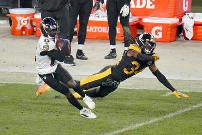 Los Steelers siguen con su paso perfecto