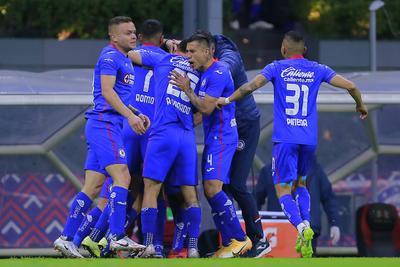 Vence Cruz Azul 4-0 a Pumas en juego de ida de semifinal