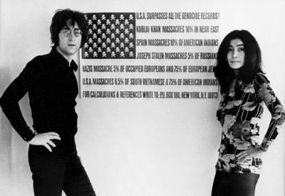 'Es una manera para que la gente saque su frustración, porque aun hay personas que están muy enfadadas', cuenta a Efe Dave Muñiz, un fan de los Beatles que, en los últimos años, se ha convertido en el encargado de mantener una lista de cantantes que le rinden homenaje a Lennon en el aniversario de su muerte, con la que se mantiene cierto orden en una jornada tan marcada.