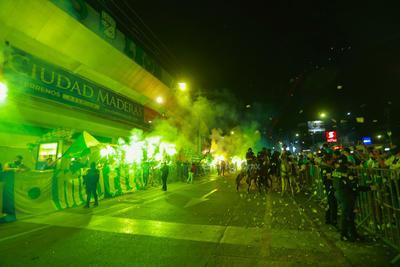 León tiene recibimiento masivo previo a final de Liga MX