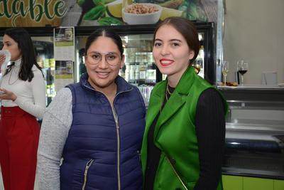 Alejandra Nuncio y Andrea Román.