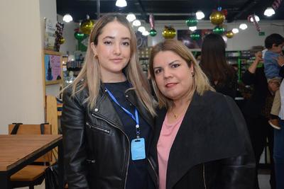 Cointa Soto Luján y Lilia Reyes.