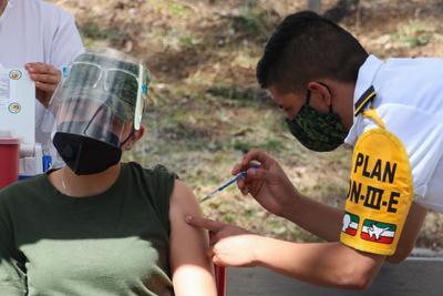 Adelanta CDMX aplicación del segundo lote de vacunas de Pfizer contra COVID